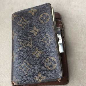 Louis Vuitton Wallet Well Loved.